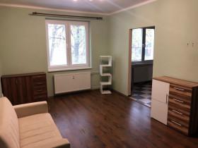 3319 - Na predaj 2 izbový tehlový byt po kompletnej rekonštrukcii v Komárne