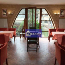 A3015 - Na prenájom zabehnutá kaviareň s terasou na Nádvorí Európy v Komárna