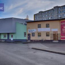 1850 - Na prenájom obchodný priestor s plochou cca. 10 m2 na autobusovej stanici v Komárne!