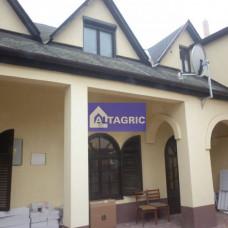 A2819 - Na predaj dom s penziónom v centre mesta Komárno