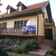 A2426 - Na predaj pekný rodinný dom - Patince