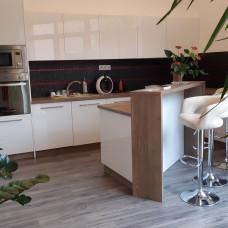 3390 - Na predaj luxusný 7 izbový rodinný dom v centre mesta Komárno