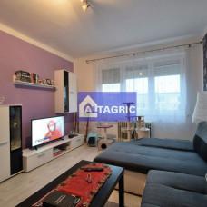 3039 Na predaj 2-izbový tehlový byt s loggiou pri trhovisku