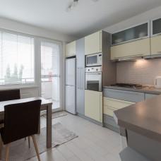 3378 - Na prenájom 3 izbový luxusný byt v Komárne na Ul. Vodnej