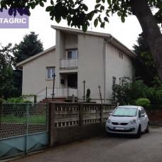 3408 - Na predaj rodinný dom v Komárne na Ul.Tajovského